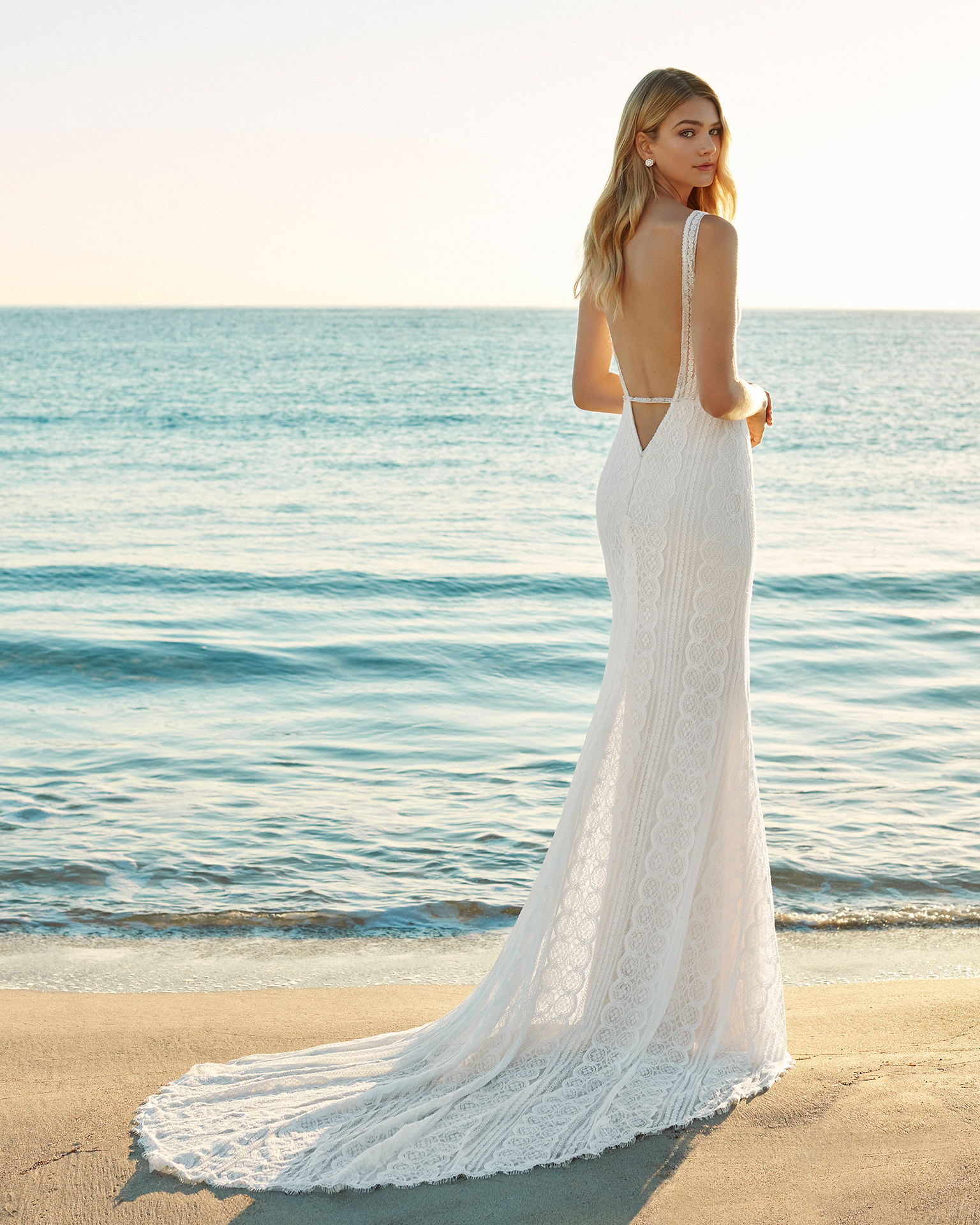 2019_GAURA_AIRE_BEACH_WEDDING_22