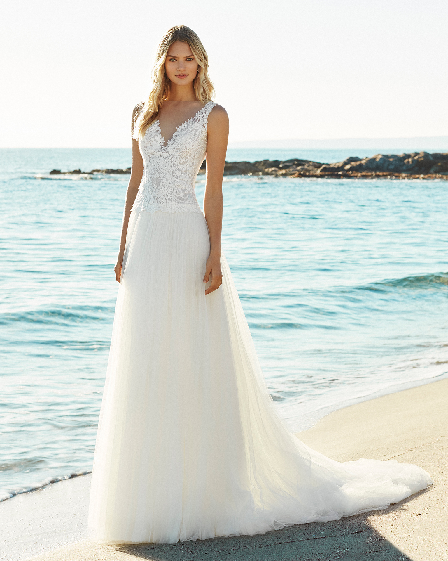2019_GILM_AIRE_BEACH_WEDDING_1